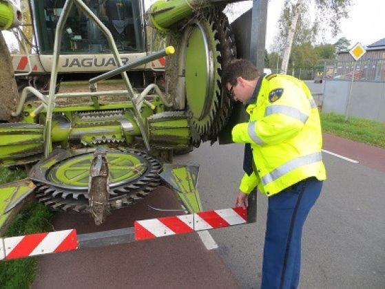 Politie controle landbouwverkeer
