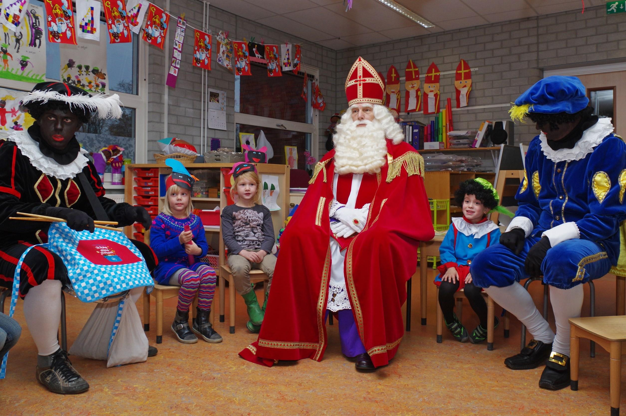 Sinterklaas op school Munnekeburen